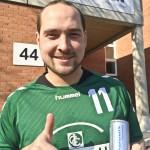 Spieler Thomas Keupp testet schon einmal den Energy Drink, der Fa. PADCON GmbH