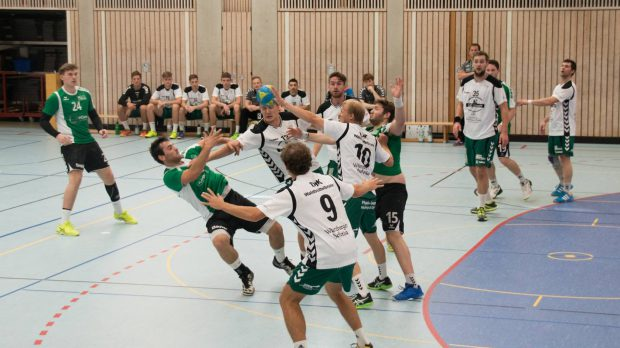 Derby Time in Waldbüttelbrunn die DJK Waldbüttelbrunn gegen die DJK Rimpar II (Rimparer Wölfe)