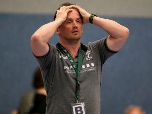 Wirkte nach der Niederlage gegen Lohr fassungslos: Waldbüttelbrunns Trainer Dusan Suchy. Foto: Heiko Becker